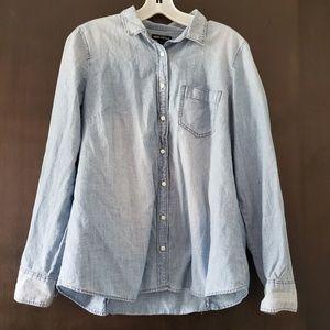 J. Crew • Mercantile Chambray Shirt